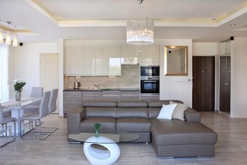 Отель Luxus Apartman Zamárdi 0 звёзд Венгрия
