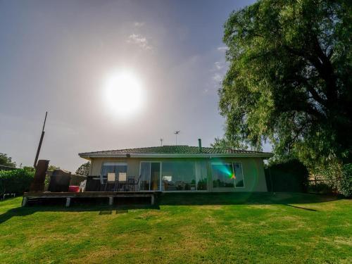 Indulge Luxury Homes - Riverside Retreat