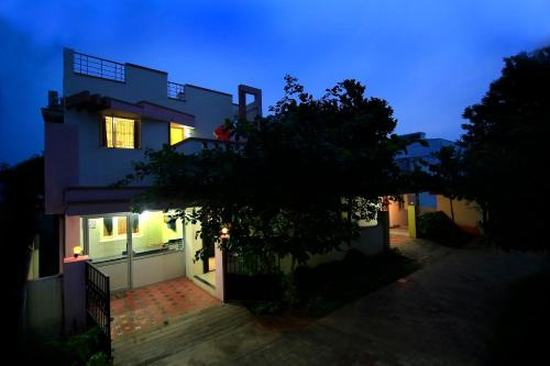 HotelRoyal Garden-Service Apartments