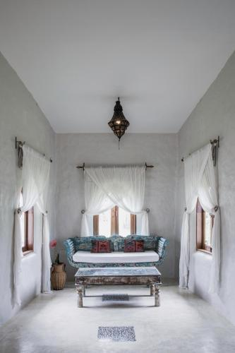 Mala Dhara