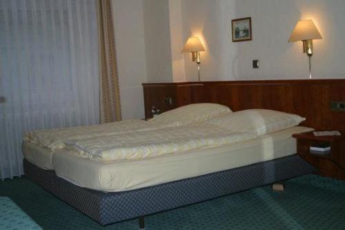 Отель Landgasthof Deutsches Haus 0 звёзд Германия