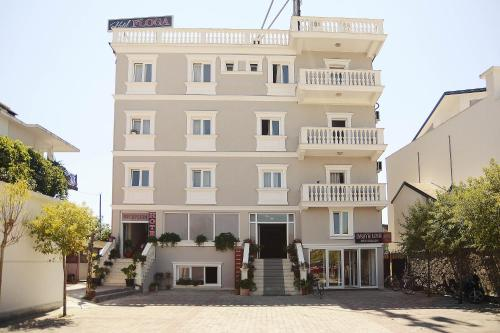 Picture of Hotel Floga