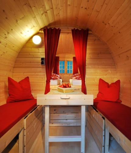 Camping Innsbruck: Ferienparadies Natterer See, Vols, Austria Overview