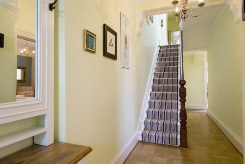 4 Bedford Villas, Yelverton