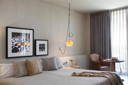 Habitación Doble con balcón - 1 o 2 camas Hotel Peralada Wine Spa & Golf 2