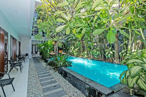 ZEN Rooms Kuta Theater