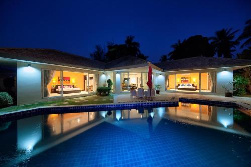 Отель Lipa Talay Neung - 3 Bedroom Beach Side Villa 0 звёзд Таиланд