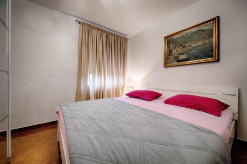 Apartments Nikola Vidović