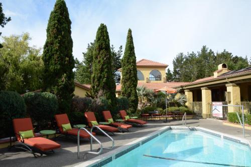 Sonoma Coast Villa & Spa