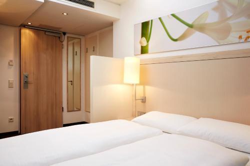 H+ Hotel München photo 13