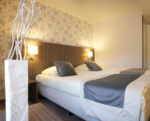 Hotel AsteriaRoom Photo