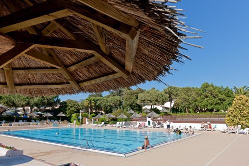 Отель Hotel Club Marina Viva 3 звезды Франция