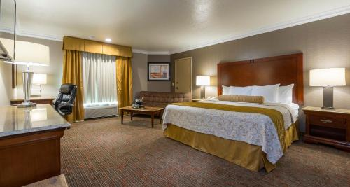 Best Western Plus Newport Mesa Inn