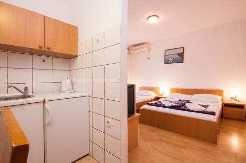 Apartments Perkov 554