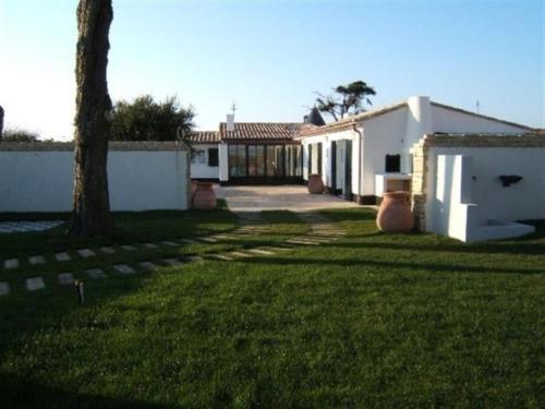 Rental Villa Villa Contemporaine Avec Grand Jardin Proche