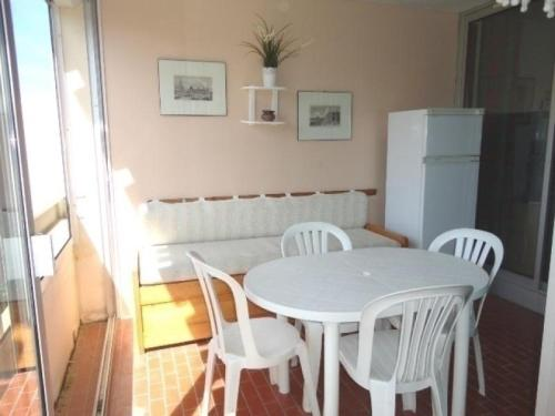 Rental Apartment Les Lauriers Roses