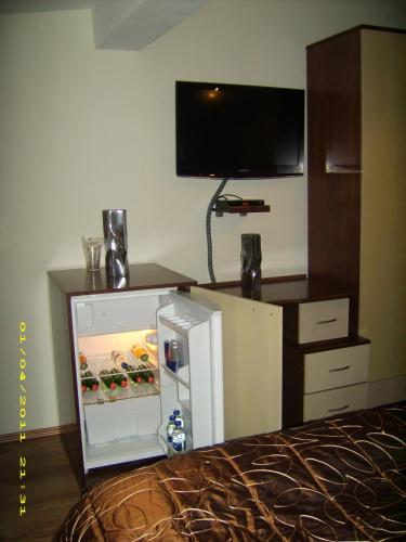 https://aff.bstatic.com/images/hotel/max500/783/7832807.jpg