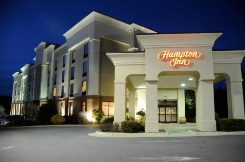 Hampton Inn Front Royal - 4.0 star rating for travel with kids