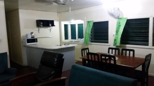 Samoa Home, Vaitele
