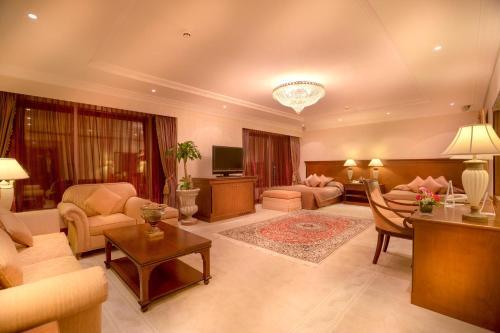 Millennium Corniche Hotel Abu Dhabi photo 50