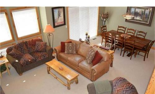 Timber Lake Townhome 341