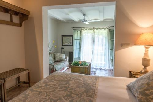Superior Double or Twin Room with Garden View Can Bassa 4