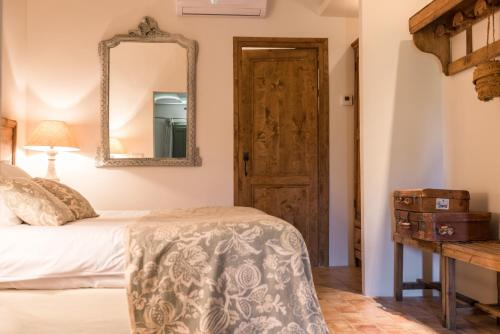 Superior Double or Twin Room with Garden View Can Bassa 2