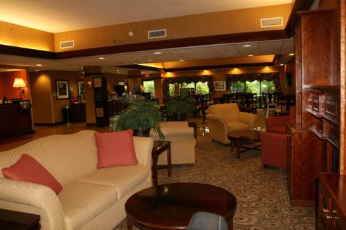 room photo 3412482 hotel hampton inn suites bartonsville hotel rh thebesthotels org