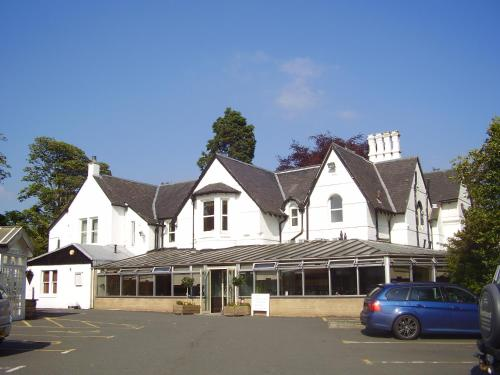 Photo of Kaim Park Hotel Hotel Bed and Breakfast Accommodation in Bathgate West Lothian