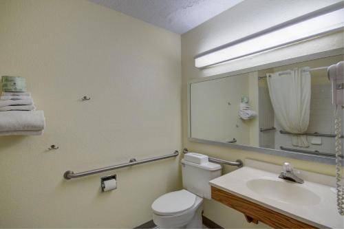 Bathroom Remodel Zanesville super 8 zanesville, zanesville, oh, united states overview