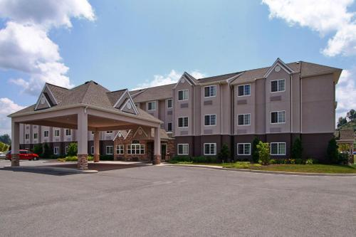 Microtel Inn & Suites by Wyndham Bridgeport -  star rating for travel with kids