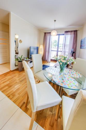 Two-Bedroom Suite with Sofa Bed - 74A Sowinskiego Street