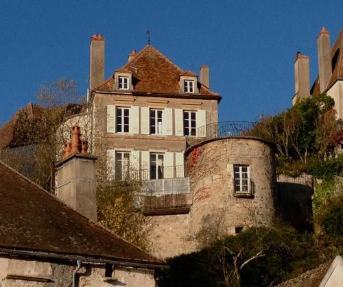 La maison f vret chambre d 39 h tes 9 bis rue f vret 21140 - Chambres d hotes chateauneuf en auxois ...