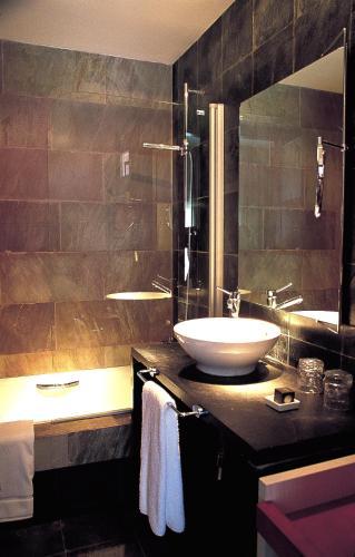 Habitación Doble Superior Hotel Monument Mas Passamaner 5