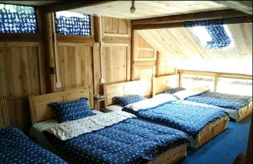 4 Bed in Male Dormitory Room