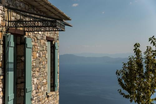 Pelion-Stone Built villa