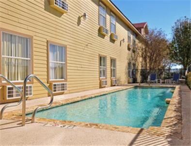 Fredericksburg Hill Country Hotel - Promo Code Details
