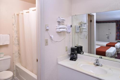 Best PayPal Hotel in ➦ Wildersville (TN):