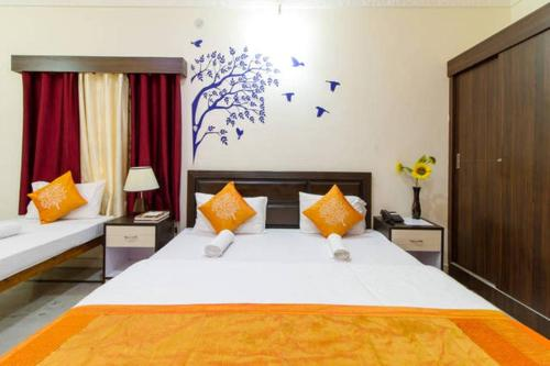 Отель SS Residency 2 звезды Индия