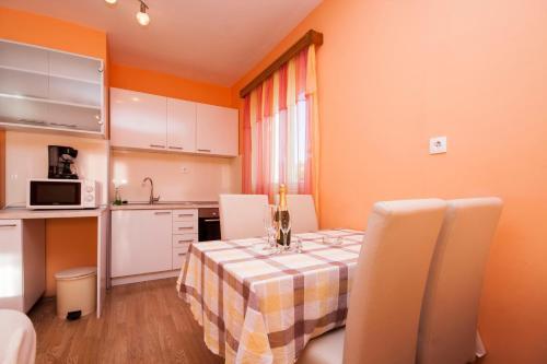 Apartment Juric 592