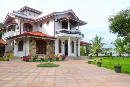 Отель Sri Lagoon Villa 0 звёзд Шри-Ланка