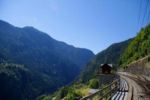Lieu Secret dans les Alpes Suisses