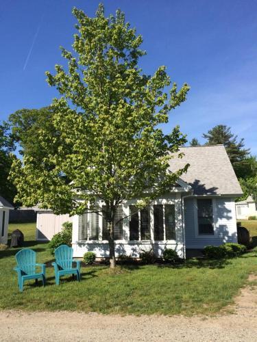 Summer Village Beach Cottage Rental House