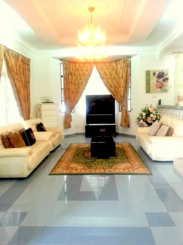 Отель Al Madinah Homestay 3 звезды Малайзия