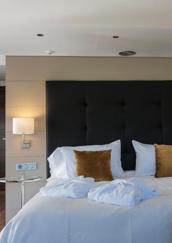 Luxury Suite with Spa Bath Bonansa Country Hotel 3