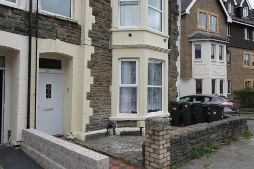 2 bed Flat Gordon road Cardiff