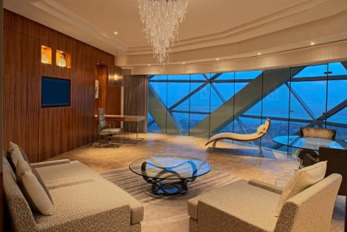 Hyatt Capital Gate Abu Dhabi photo 10
