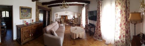 Luxury villa Loupantou