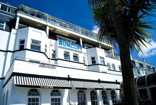 Stay at Suncliff Hotel