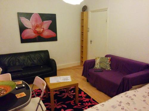 Flat A London Hackney Zone 2